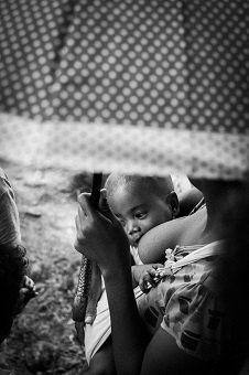 la leche materna aumenta las defensas